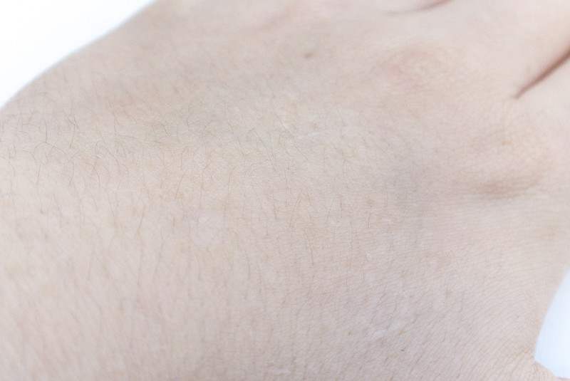 La Roche Posay Hydreane BB Cream Hand Swatch Blended
