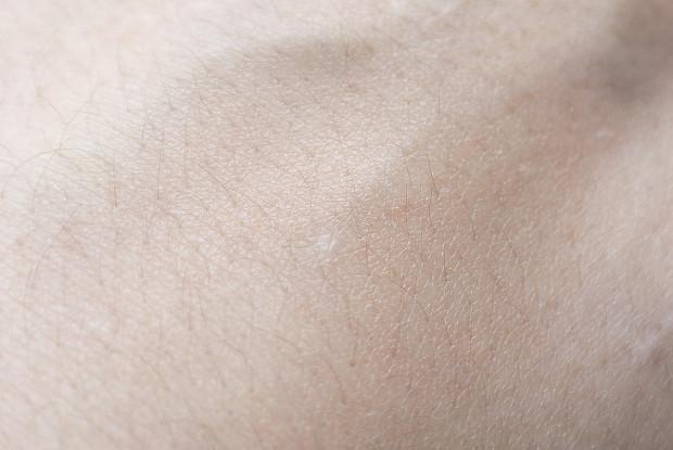 Sarah McNamara Miracle Skin Transformer Acne Control Swatch Blended