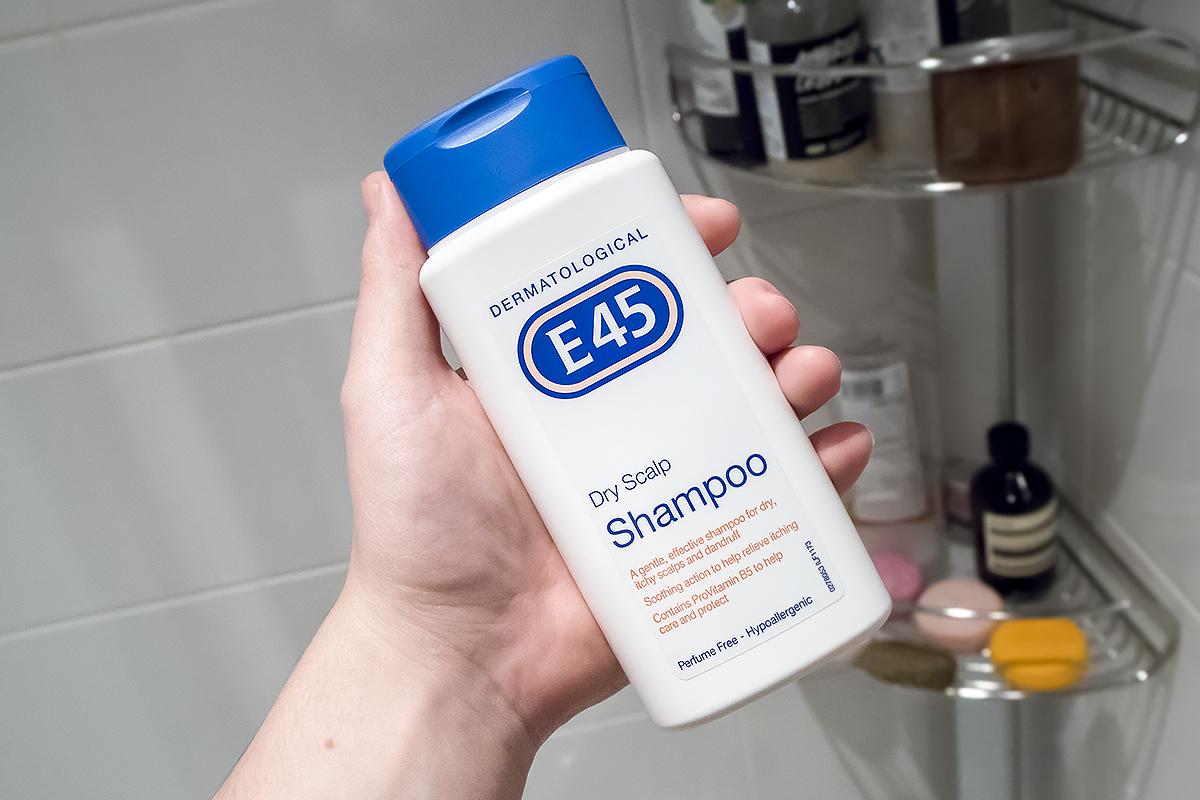 E45 Dermatological Dry Scalp Shampoo 200ml Perfume Free Hypoallergenic