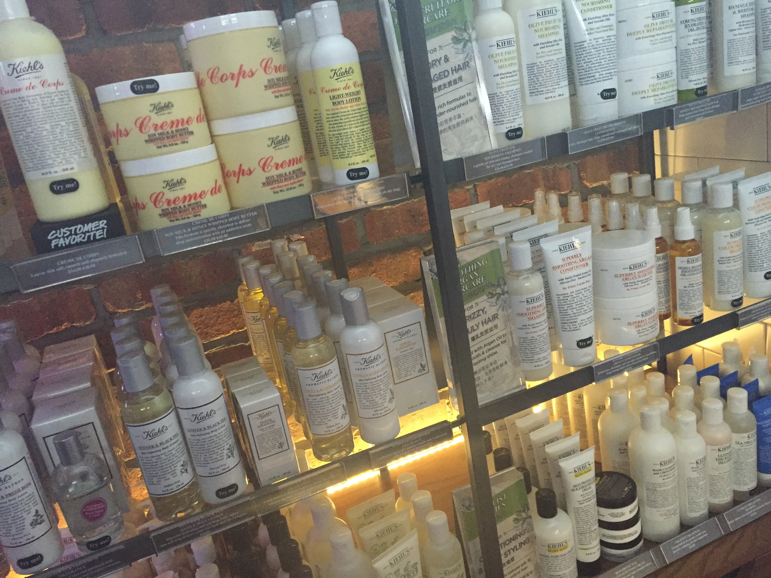 We were in the shop so every now and then I broke away to sneak a peak at the fabulous products