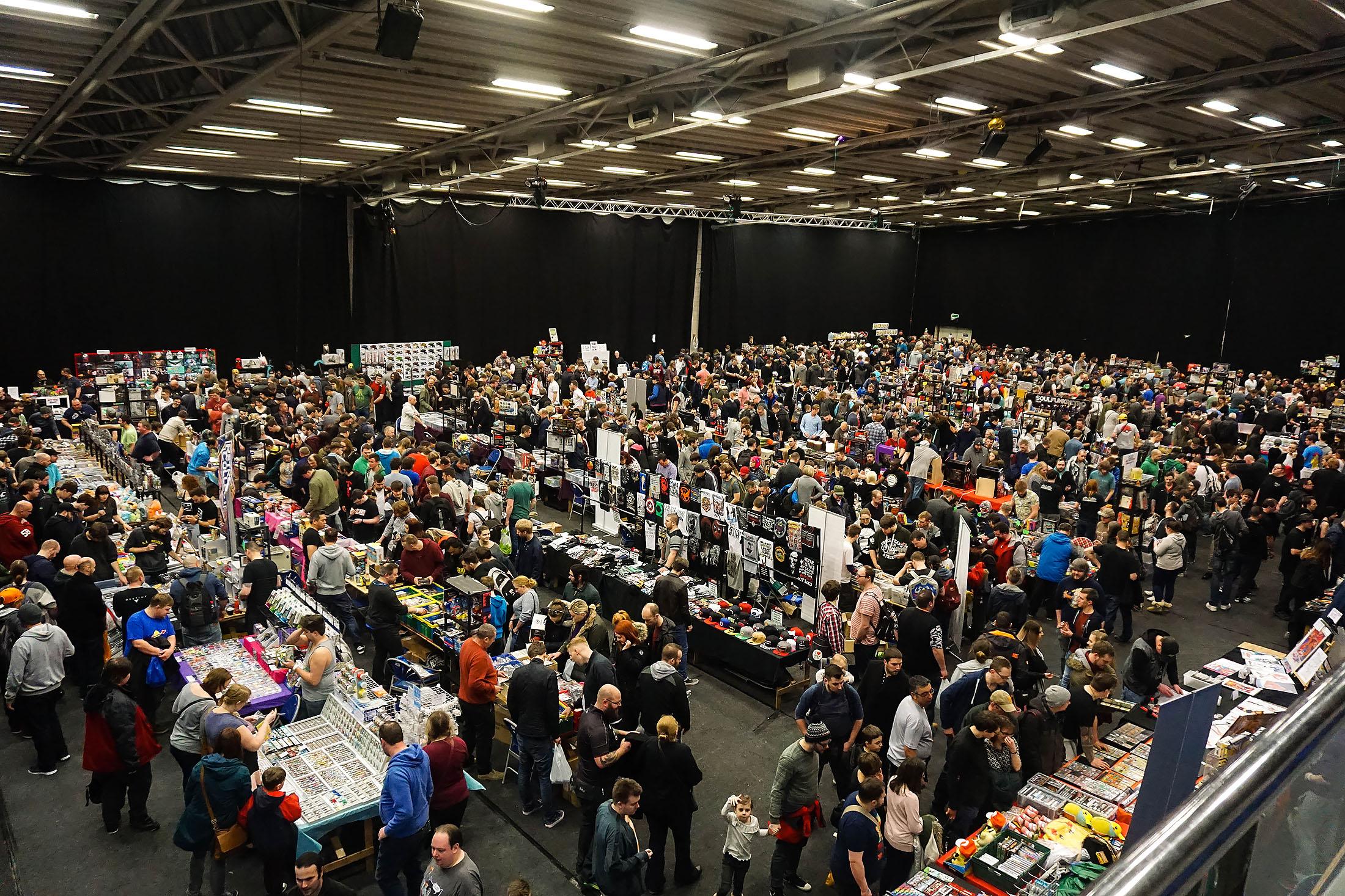 The UKs Biggest Retro Video Gaming Fair: The Video Game Market in 40 photos